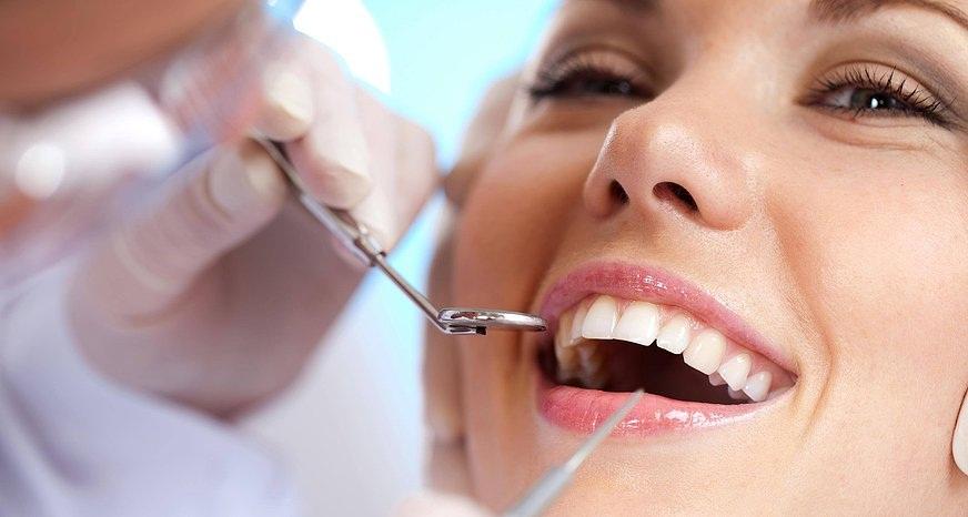 estetica dentale intarsi sbiancamento faccette